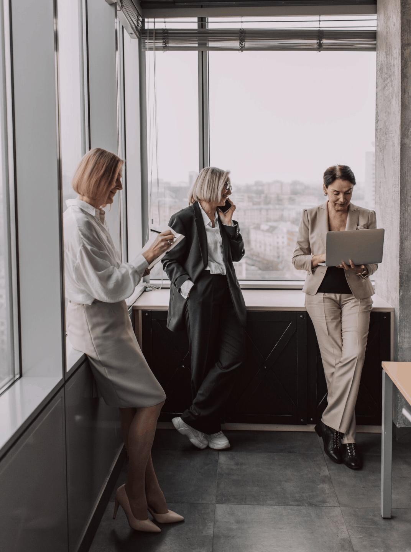 Women choosing M+M coaching by Energise Marketing Agency